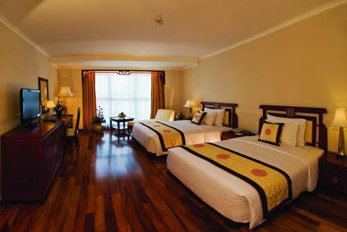 Đồ gỗ hóc môn phòng ngủ 025