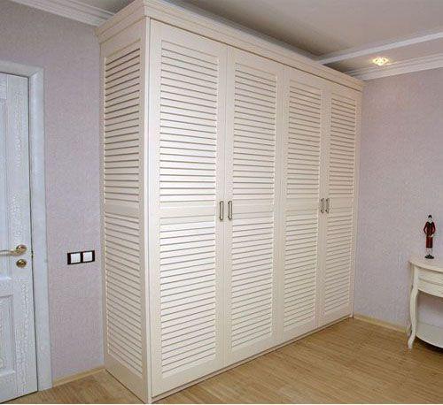 Tủ quần áo gỗ tự nhiên giá rẻ 048